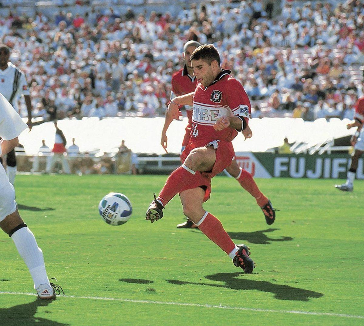 1998-MLS-Cup-Chicago-Fire-Chris-Armas-005773249.jpg