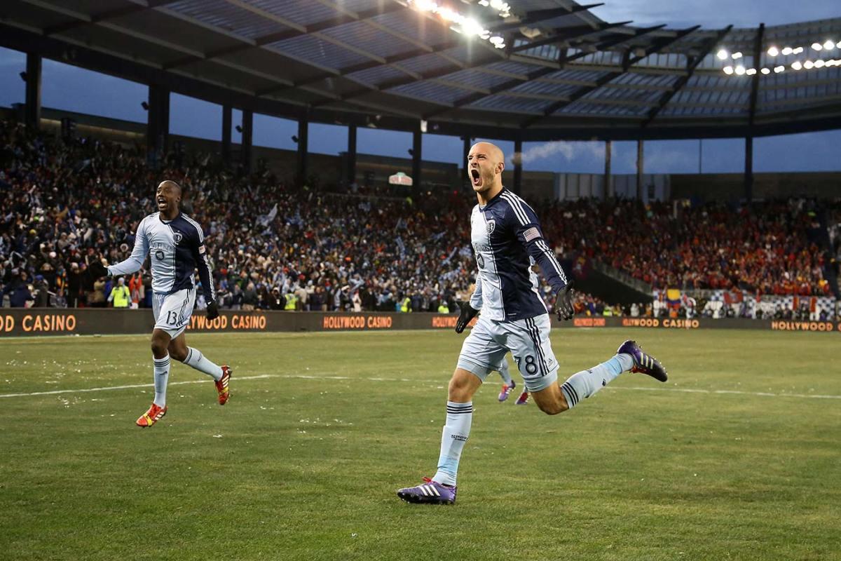 2013-MLS-Cup-Sporting-KC-Aurelien-Collin-Lawrence-Olum.jpg