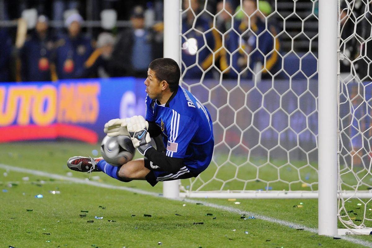 2009-MLS-Cup-Real-Salt-Lake-Nick-Rimando.jpg