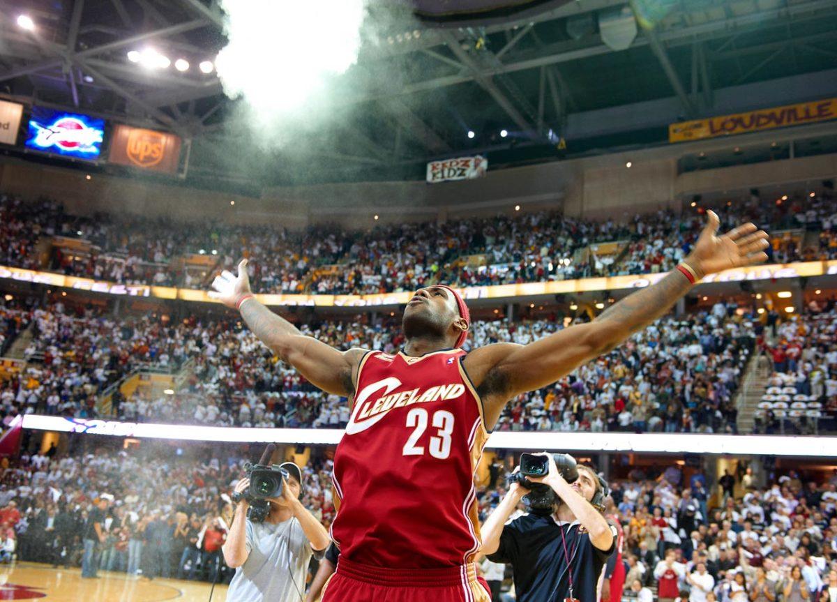 2003-LeBron-James-opm5-48416.jpg