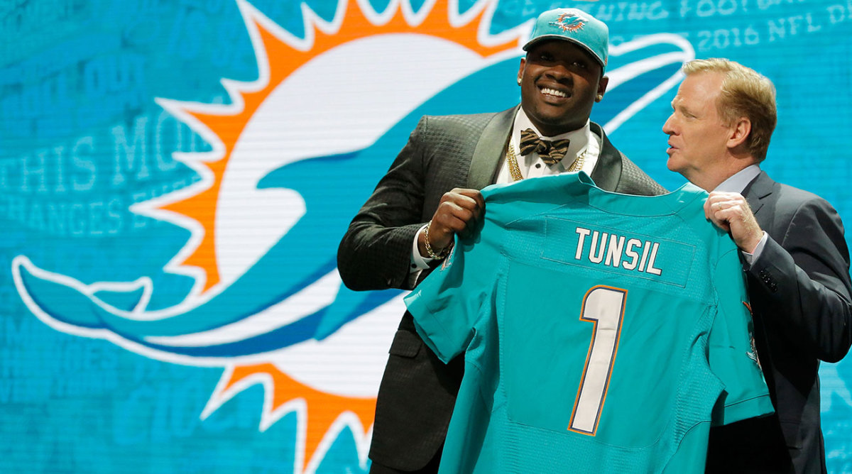 Tunsil fell to 13, where the Dolphins tabbed him.