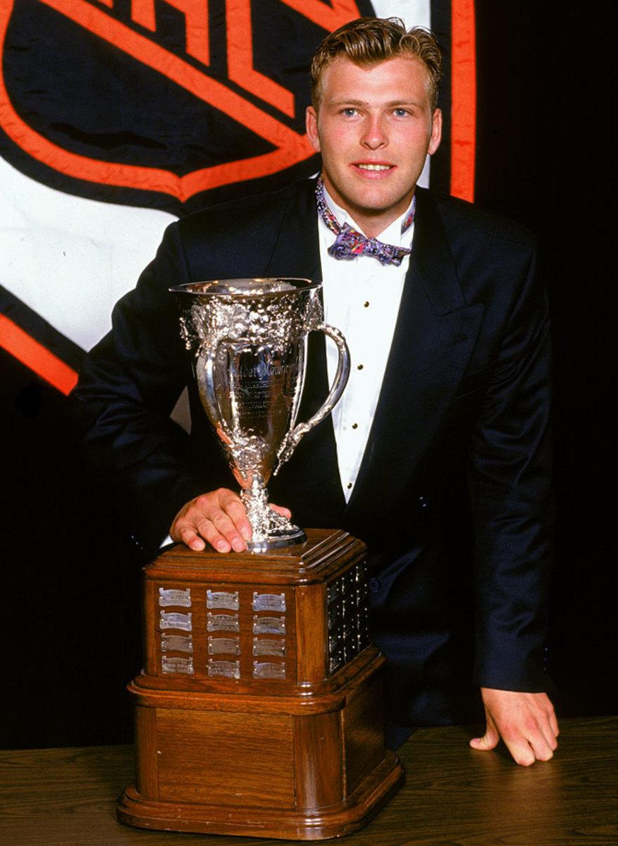 1994-Martin-Brodeur-Calder-Trophy.jpg