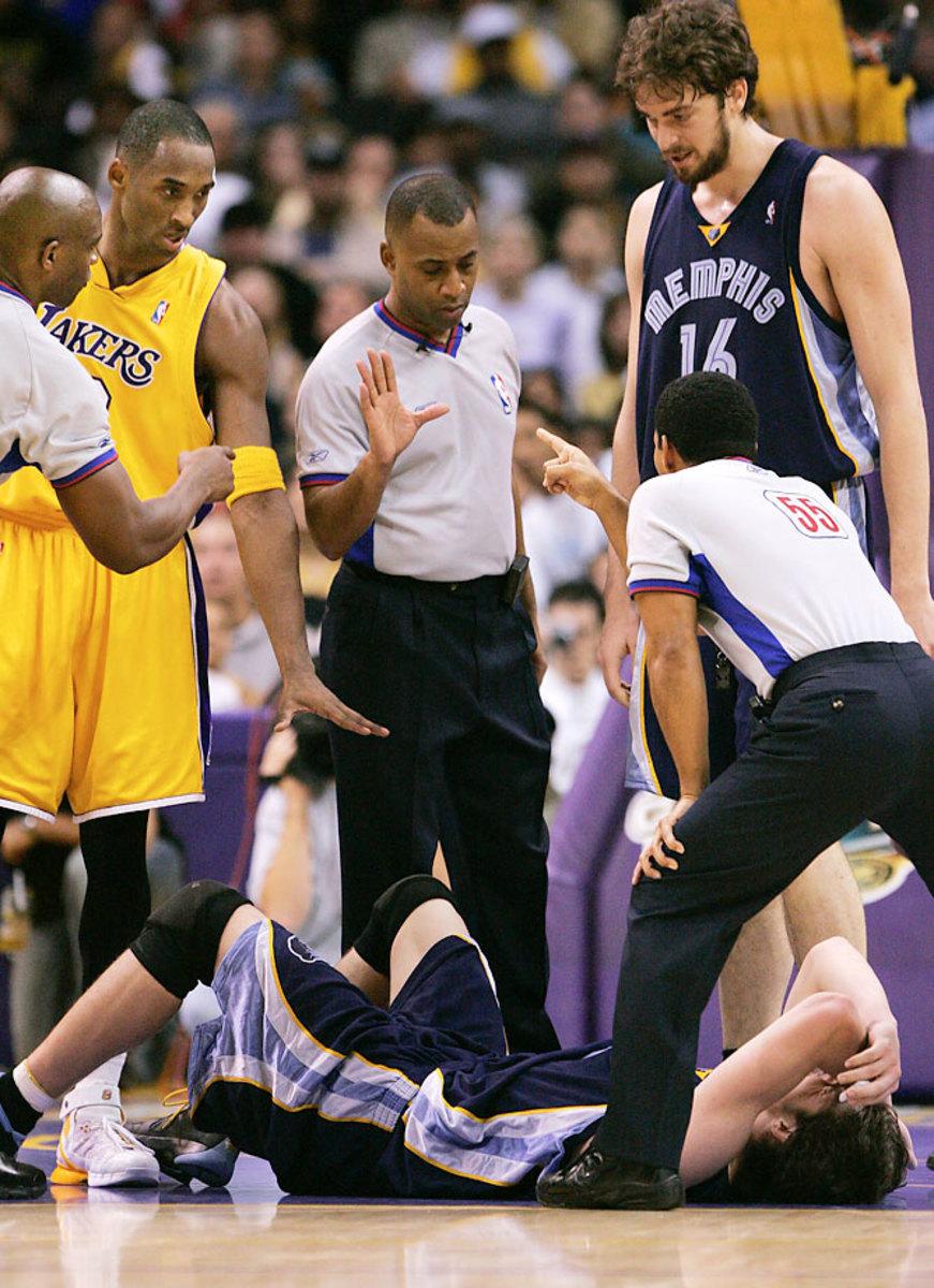 Kobe-Bryant-Mike-Miller-AP.jpg