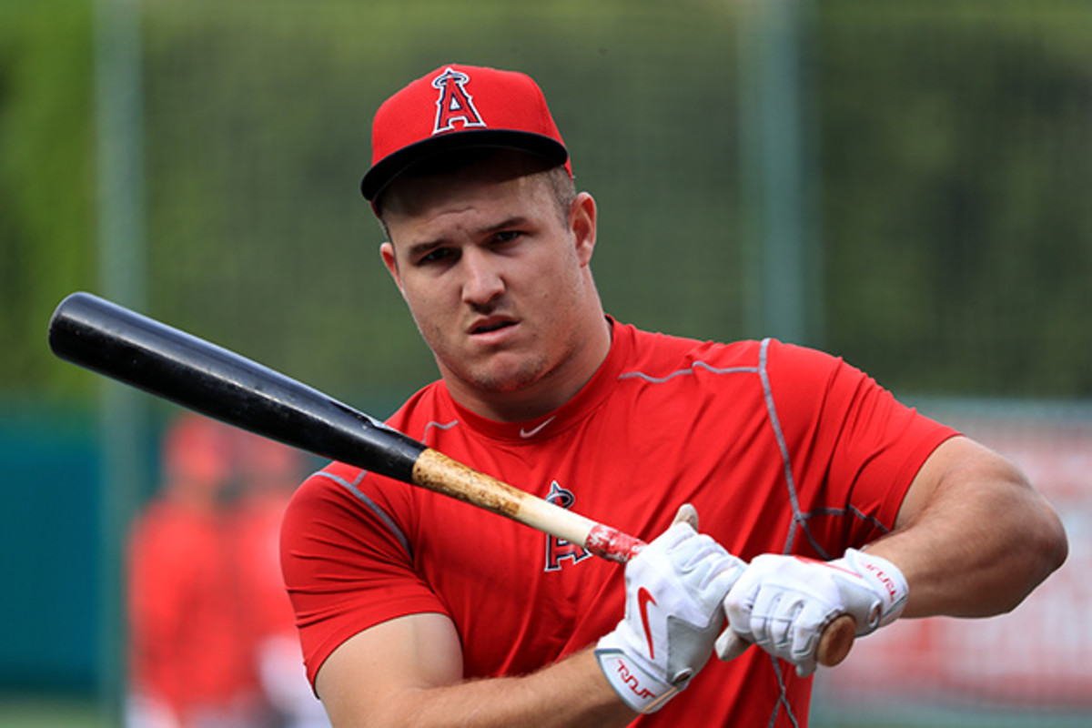 mike-trout-batting-muscles.jpg