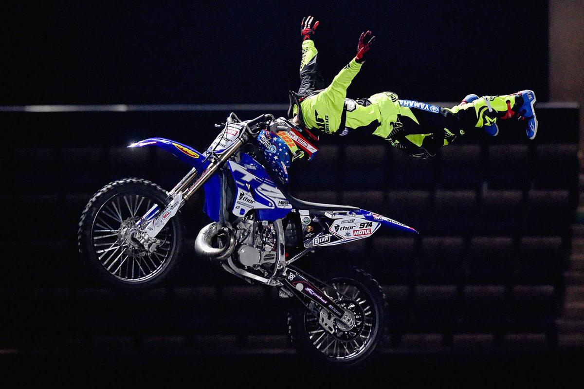 2016-0204-Nitro-Circus-motorcycle.jpg