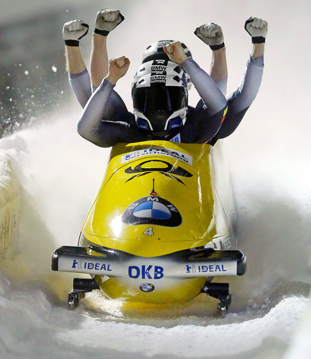 2016-0116-four-man-bobsled-World-Cup-Nico-Walther.jpg