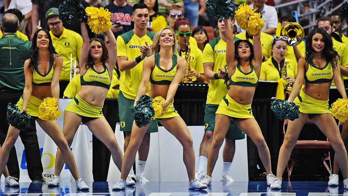 Oregon-cheerleaders.jpg