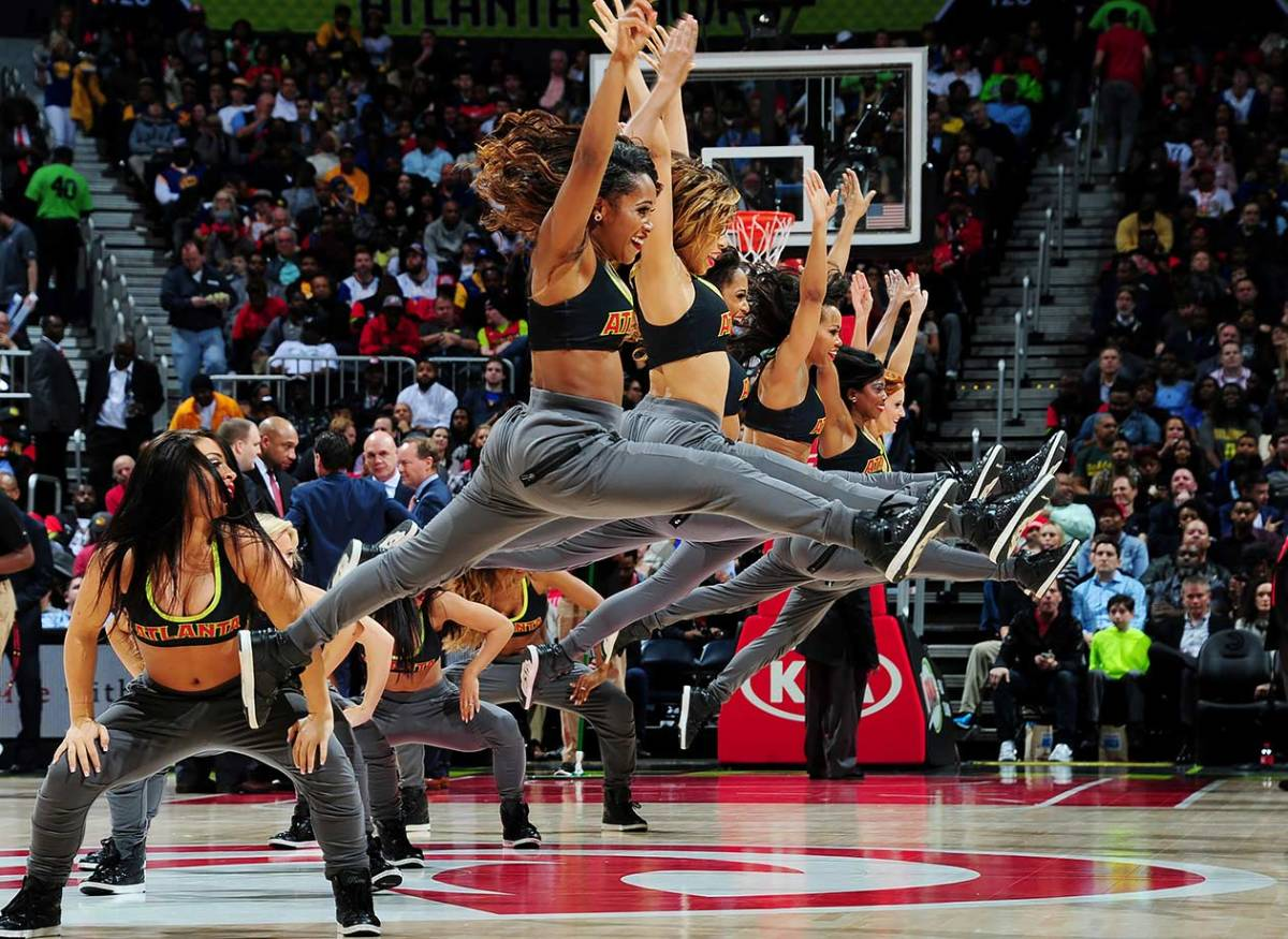 Atlanta-Hawks-Cheerleaders-511769962.jpg