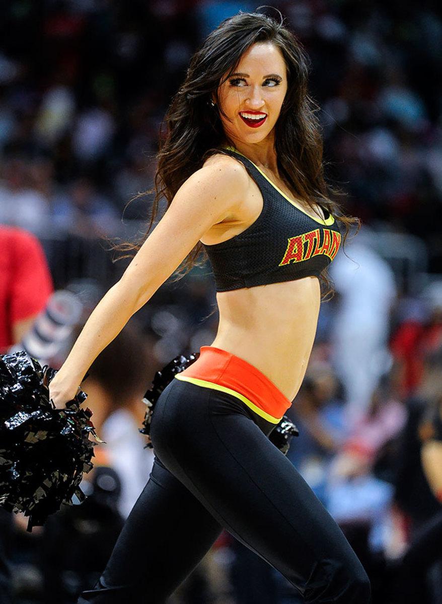 Atlanta-Hawks-Cheerleaders-41ab296c24ce460dbb939606b5158fc6-0.jpg