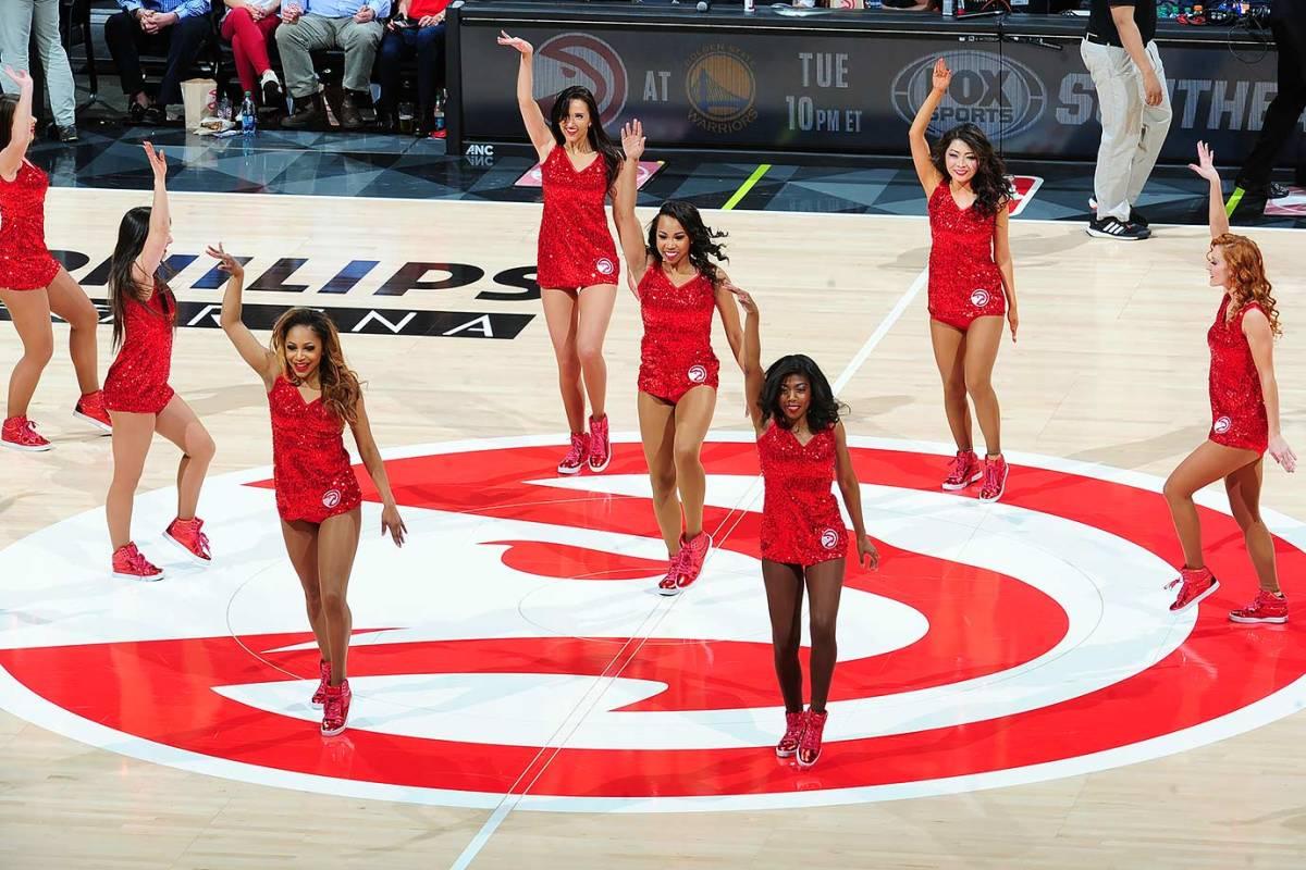 Atlanta-Hawks-Cheerleaders-512869230.jpg