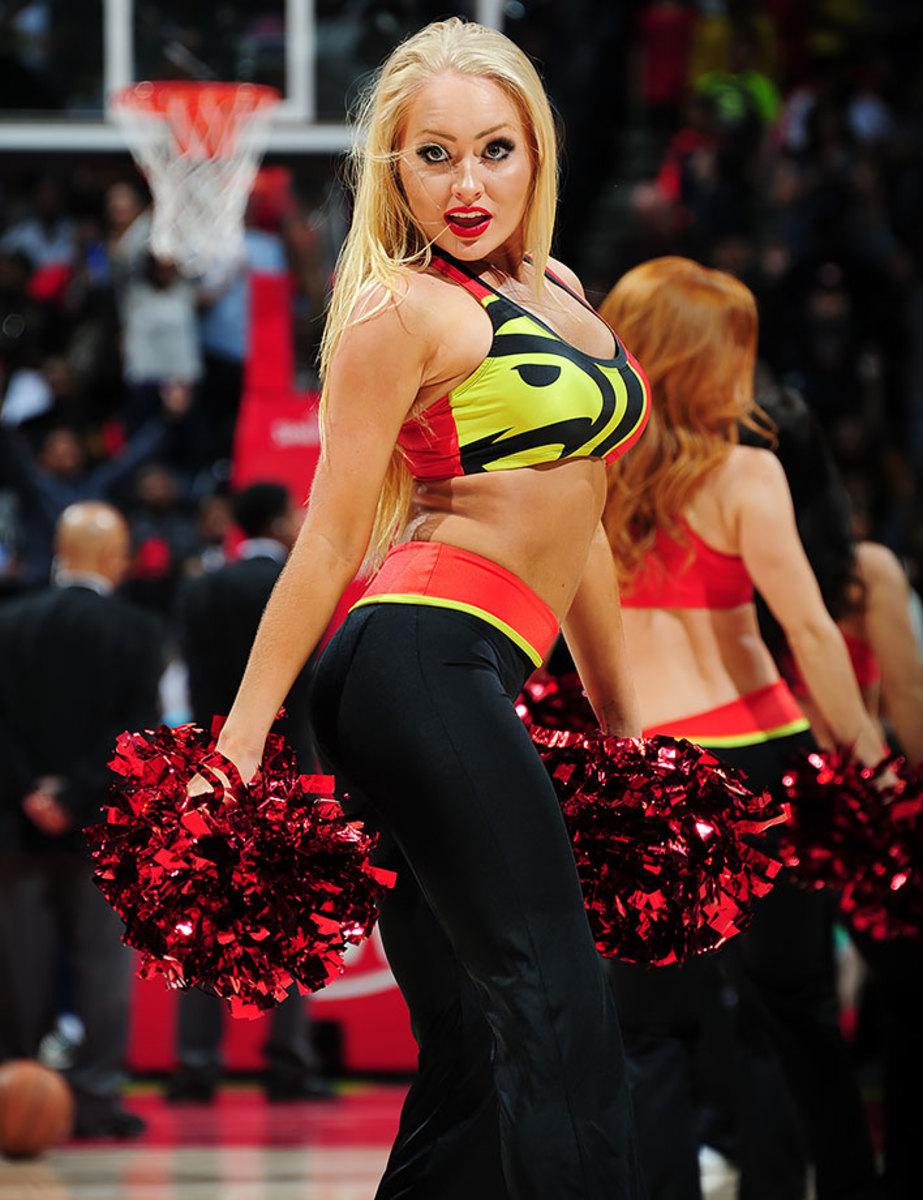 Atlanta-Hawks-Cheerleaders-517556266.jpg