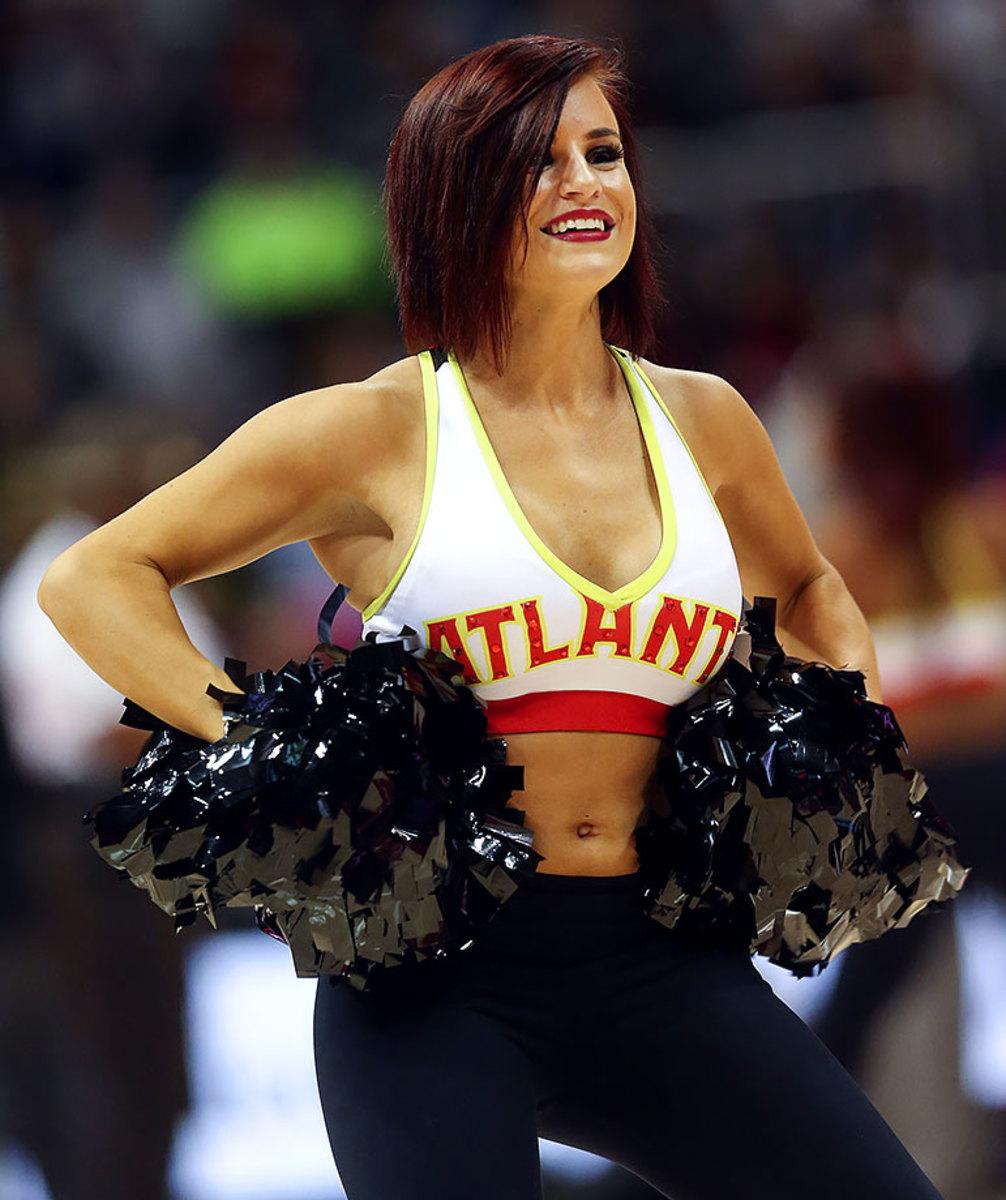 Atlanta-Hawks-Cheerleaders-881de035b80546a6b36a0d2891e218f1-0.jpg