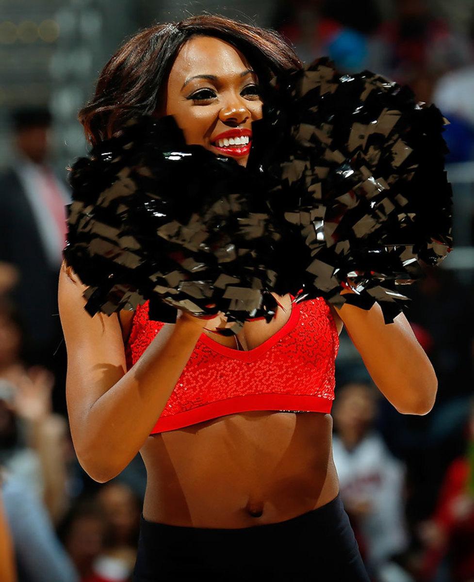 Atlanta-Hawks-Cheerleaders-GettyImages-498482694_master.jpg
