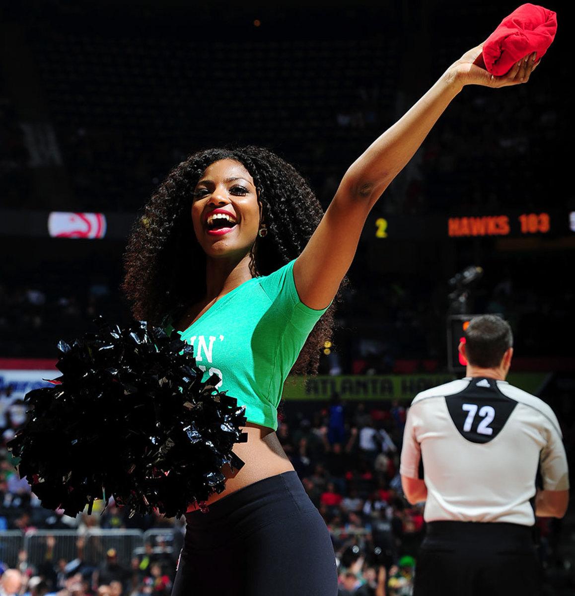 Atlanta-Hawks-Cheerleaders-516267148.jpg
