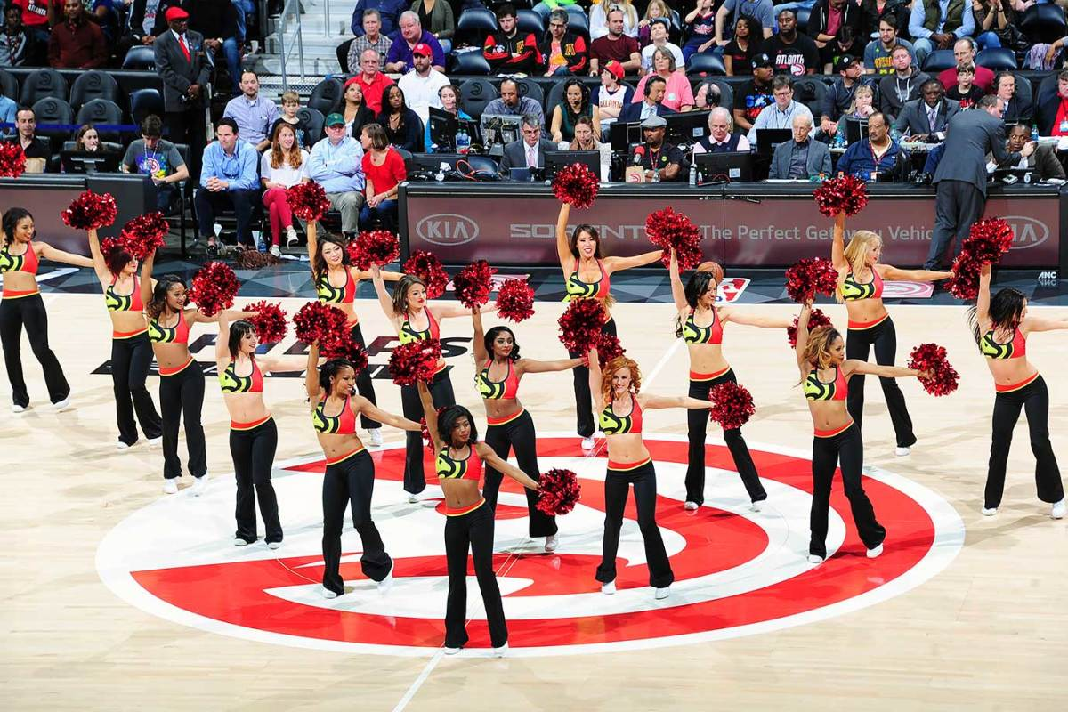 Atlanta-Hawks-Cheerleaders-512876374.jpg