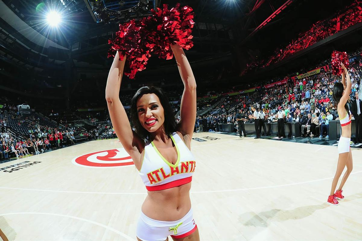 Atlanta-Hawks-Cheerleaders-516227032.jpg