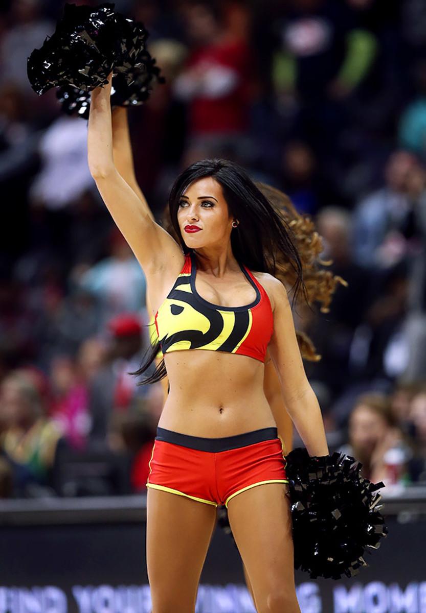 Atlanta-Hawks-Cheerleaders-3903f10cfb884a6d94e8dd2716e6359f-0.jpg