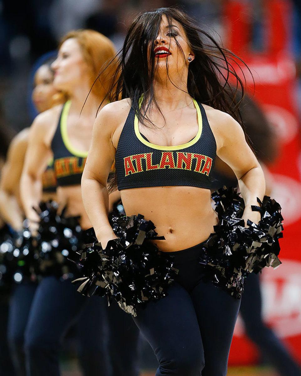 Atlanta-Hawks-Cheerleaders-d63d4e1f38944774a6850bc9776a318a-0.jpg