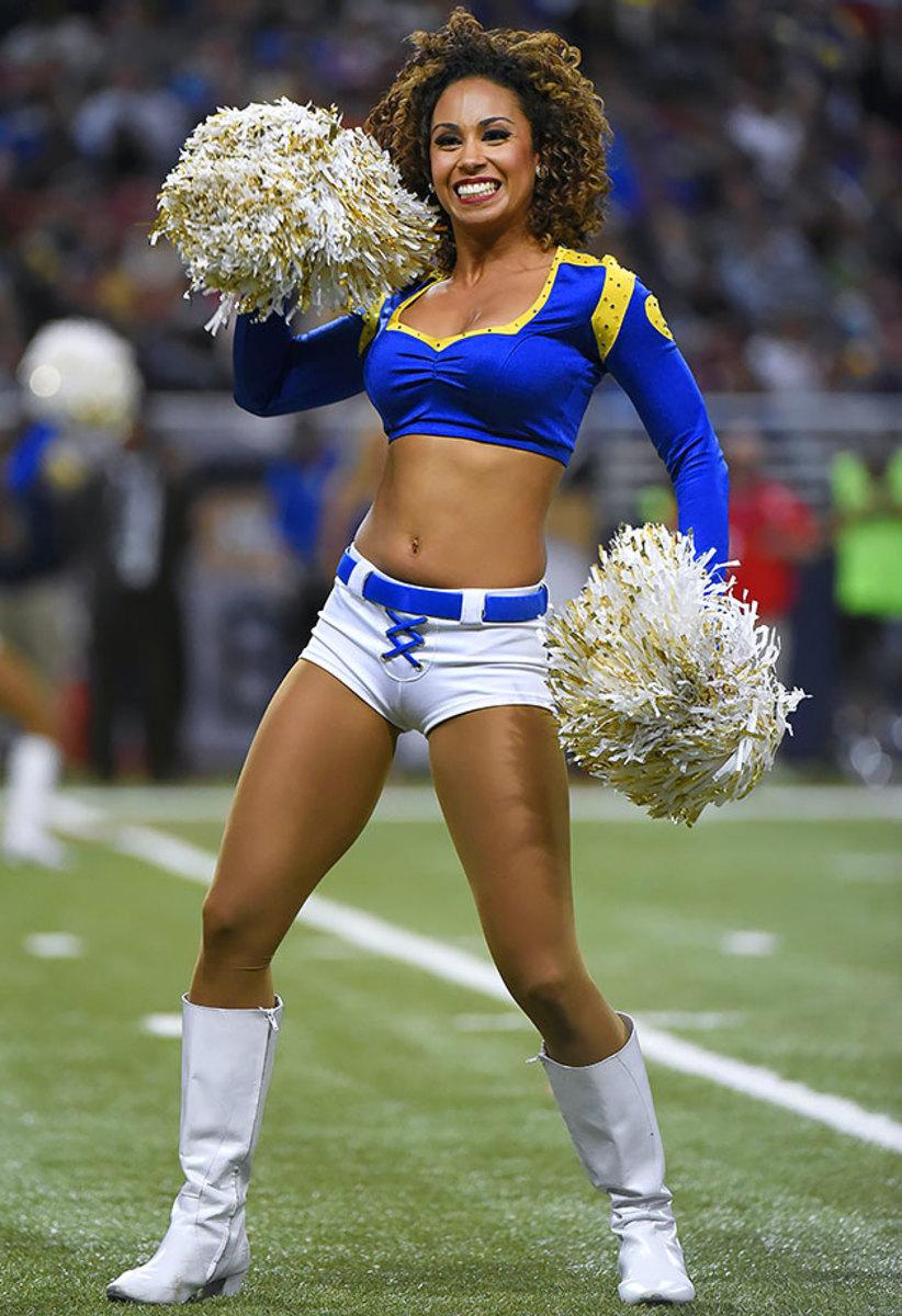 St-Louis-Rams-cheerleaders-164110115_3340_49ers_at_Rams_0.jpg