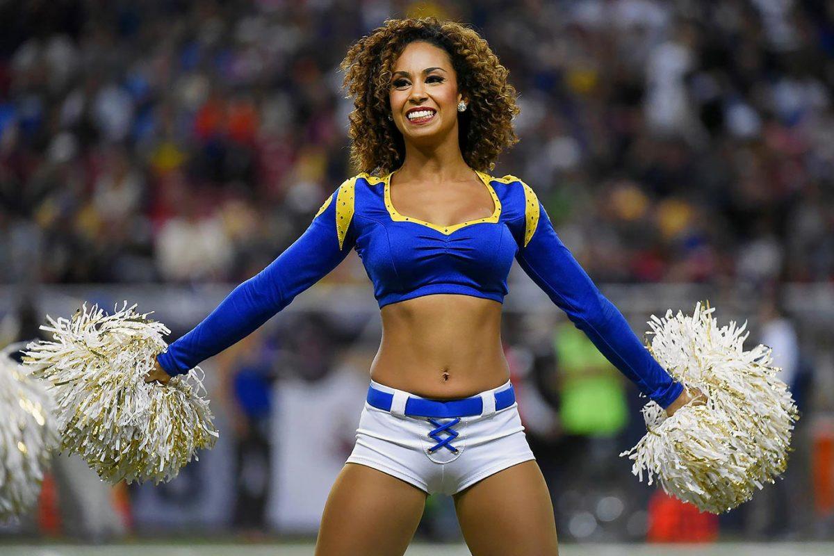 St-Louis-Rams-cheerleaders-164110115_3345_49ers_at_Rams_0.jpg