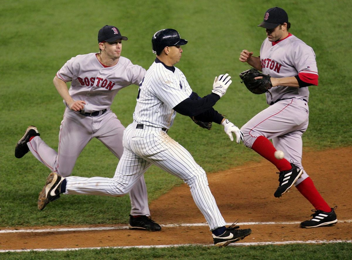 2004-Alex-Rodriguez-Bronson-Arroyo.jpg