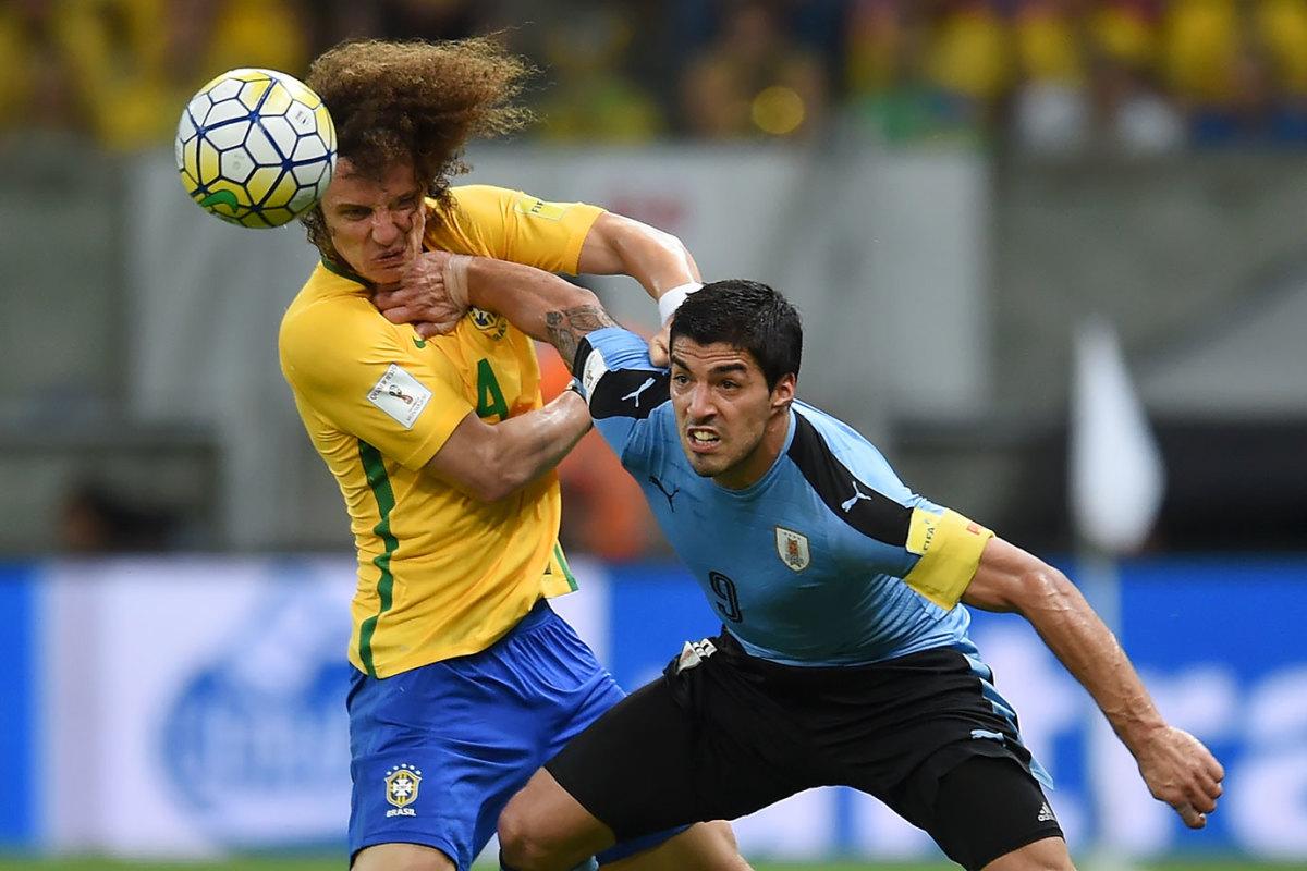 2016-0325-David-Luiz-Luis-Suarez.jpg