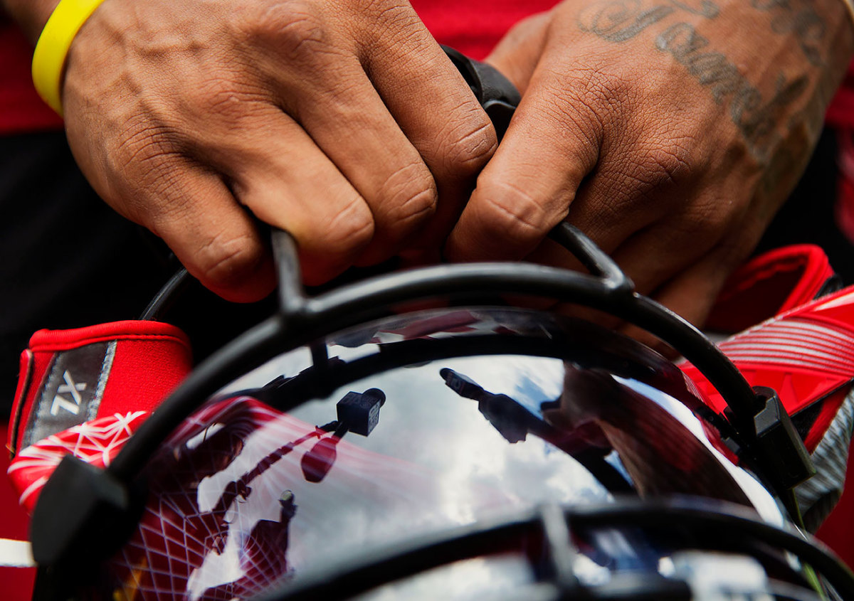 2016-0728-Atlanta-Falcons-training-camp-Devonta-Freeman.jpg