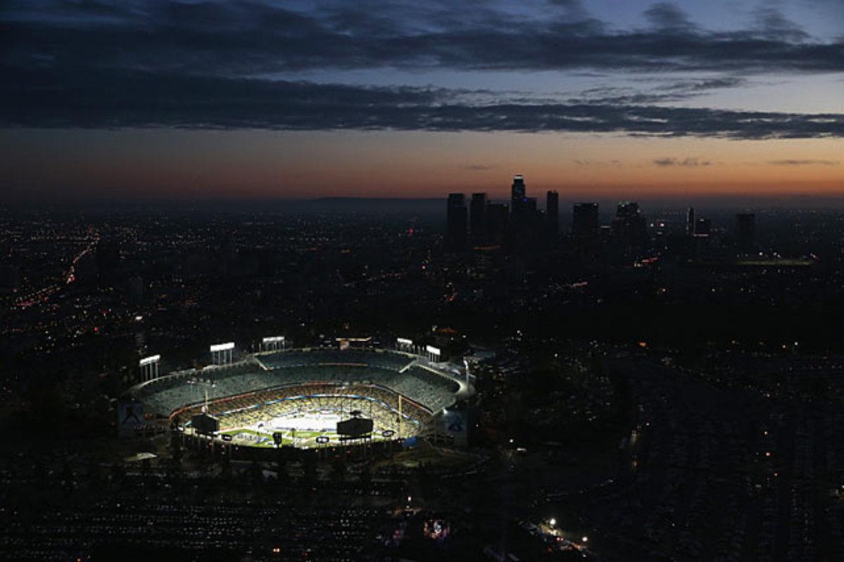 140126123623-dodger-stadium-aerial-single-image-cut.jpg