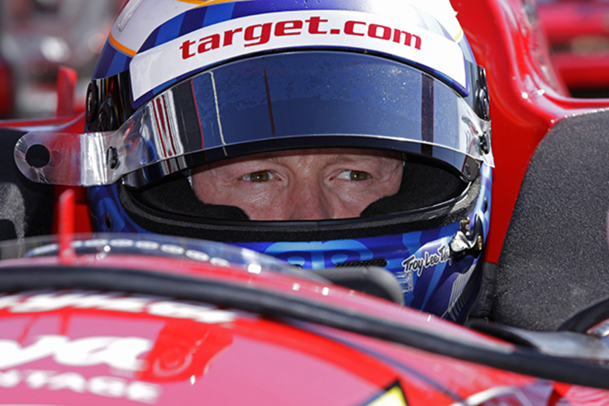 scott-dixon-training-with-helmet.jpg