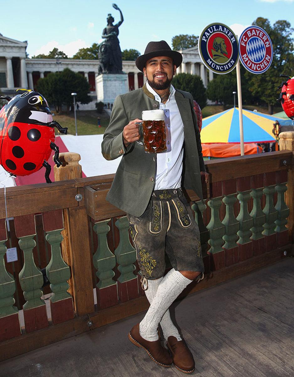 Arturo-Vidal-Oktoberfest-490649244.jpg