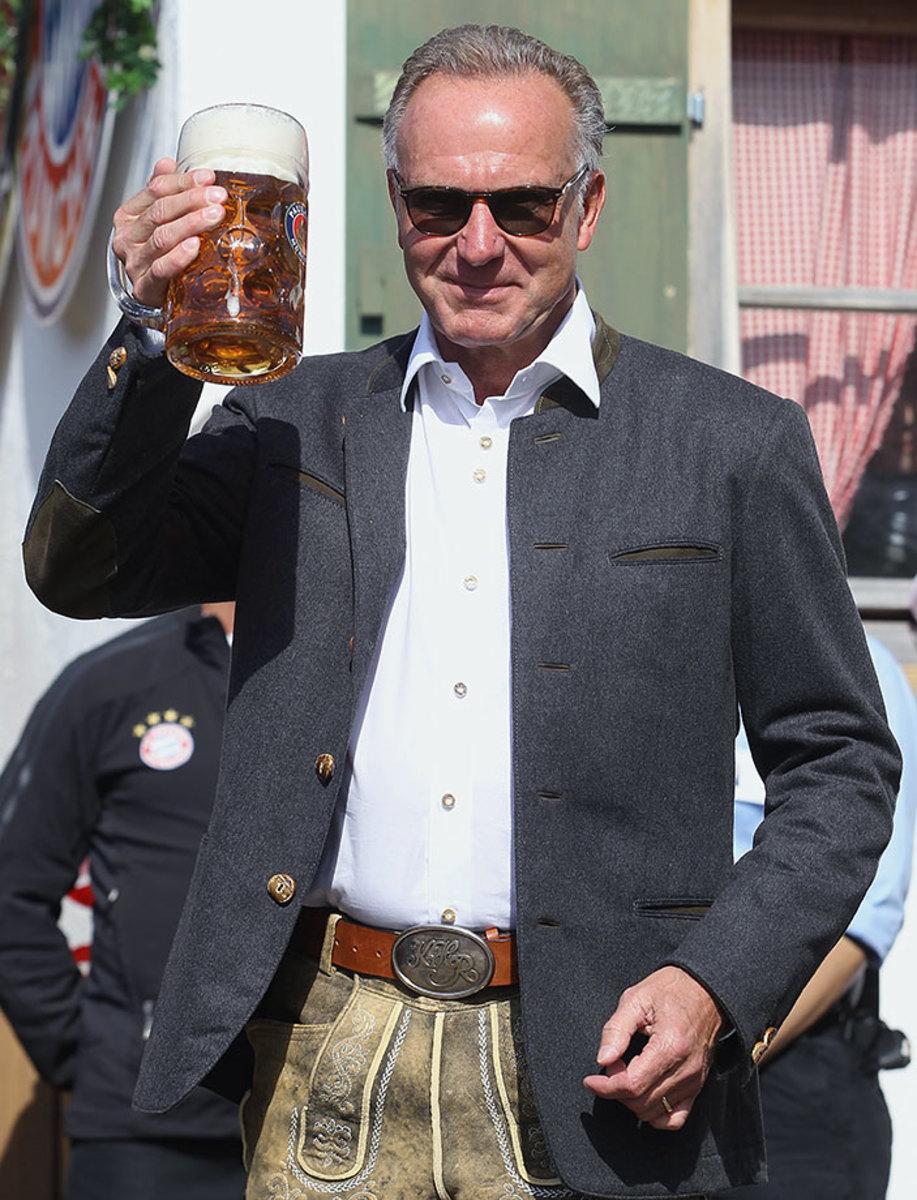 Karl-Heinz-Rummenigge-Oktoberfest-490650026.jpg