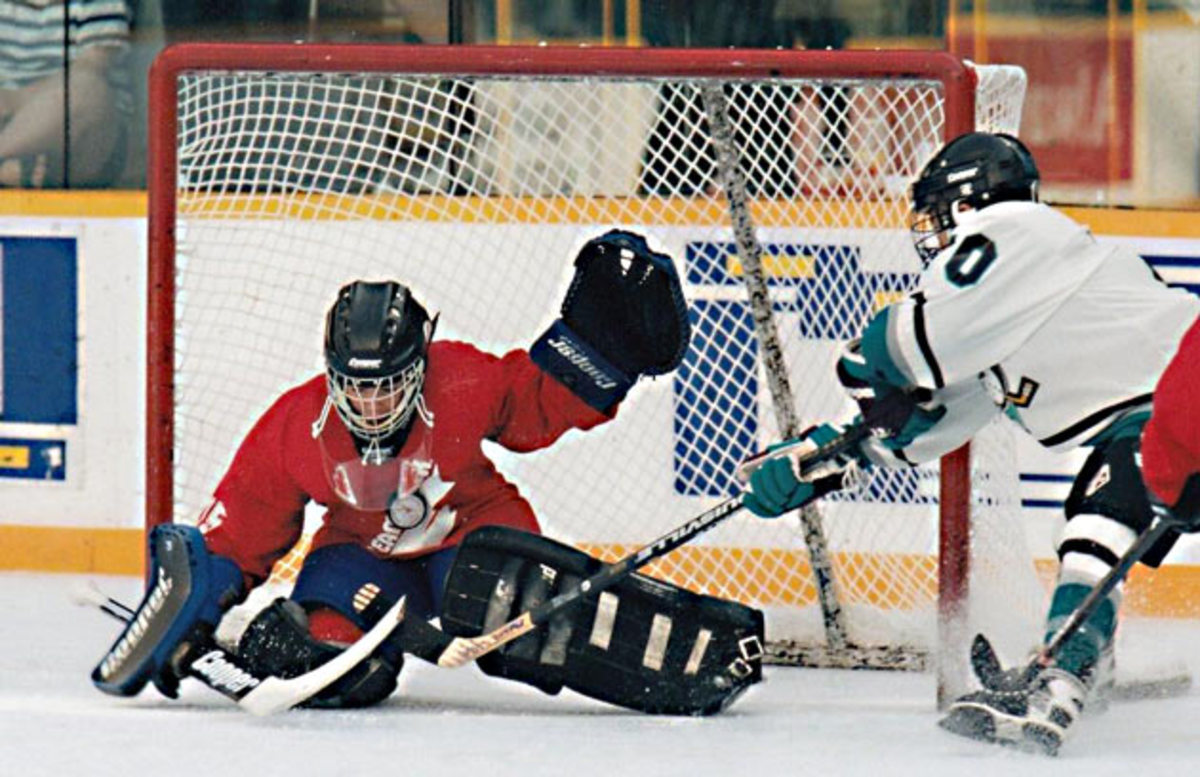 Szabados-novice-hockey.jpg