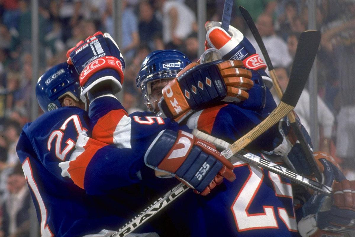 1993-Islanders-Penguins-Game-7-David-Volek-05287691.jpg