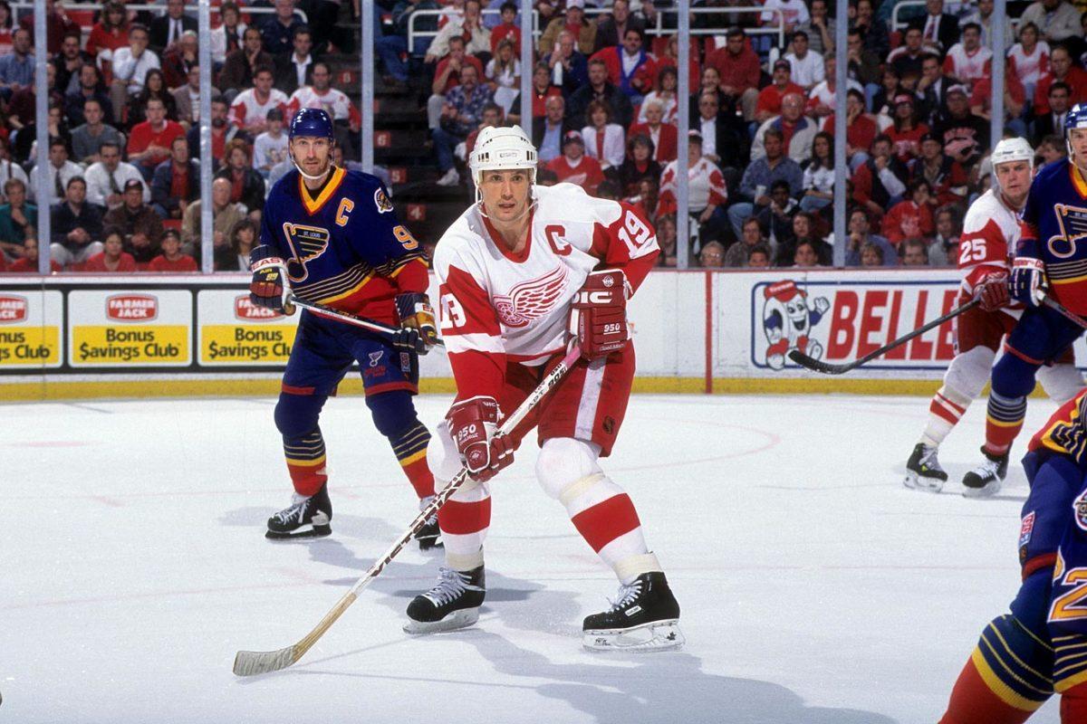 1996-Red-Wings-Blues-Game-7-Steve-Yzerman-Wayne-Gretzky.jpg