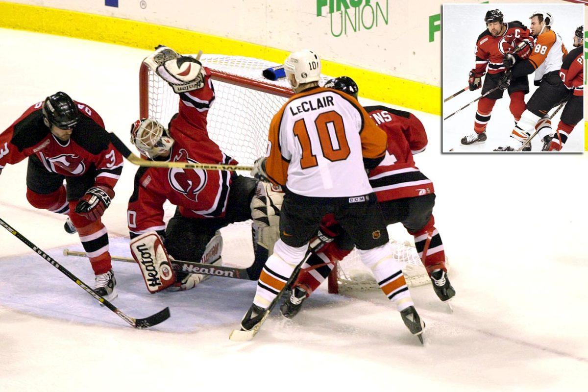 2000-Devils-Flyers-Game-7-Martin-Brodeur-Stevens-Lindros.jpg