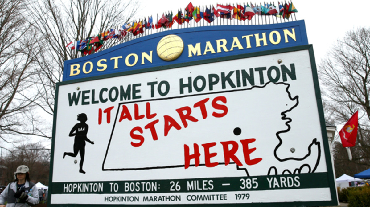 hopkinton-start-boston-marathon-course-guide.jpg