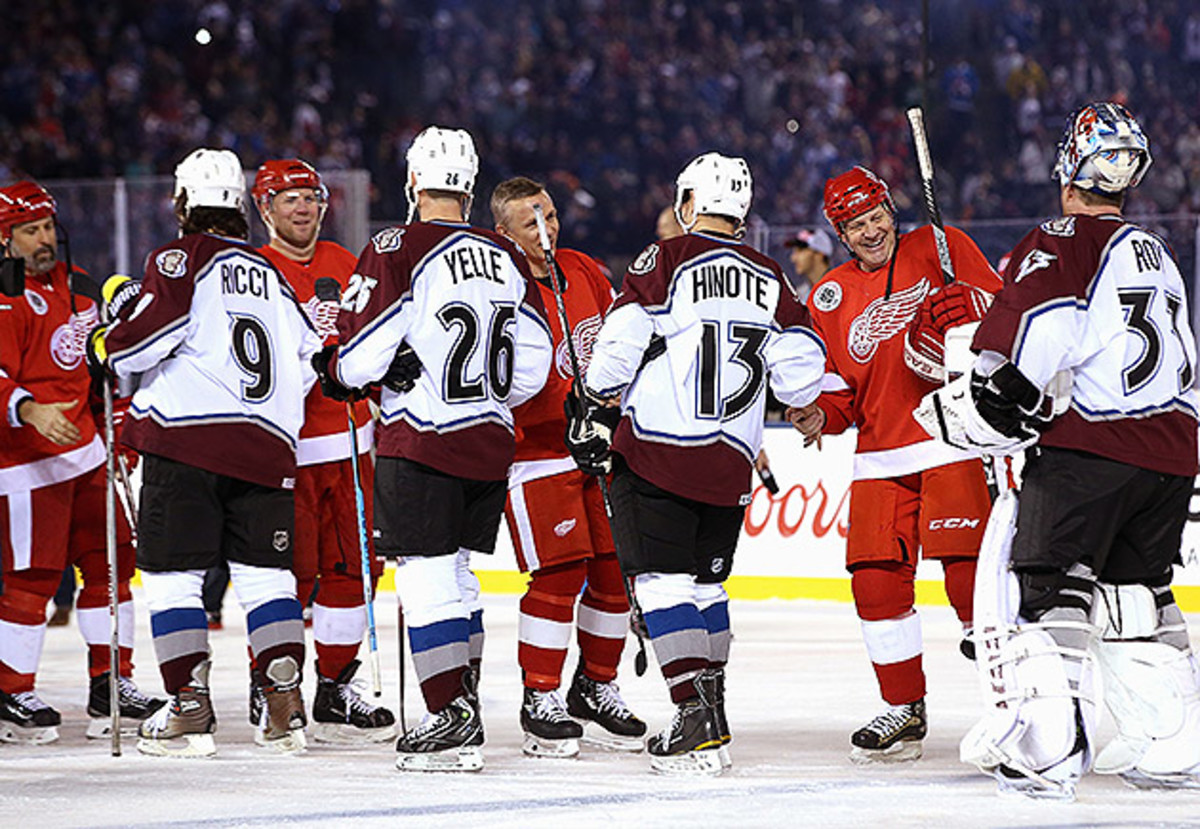 red-wings-avalanche-alumni-game-2016.jpg