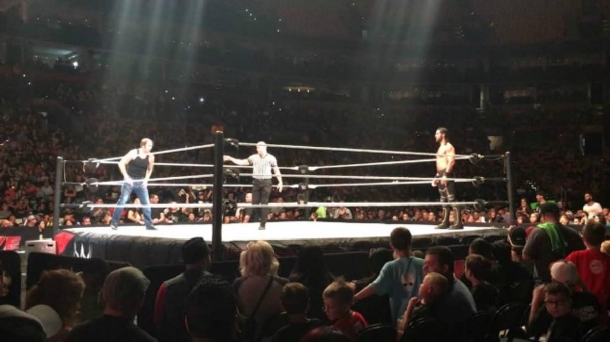 Dean-Ambrose-Seth-Rollins-Boston.jpg