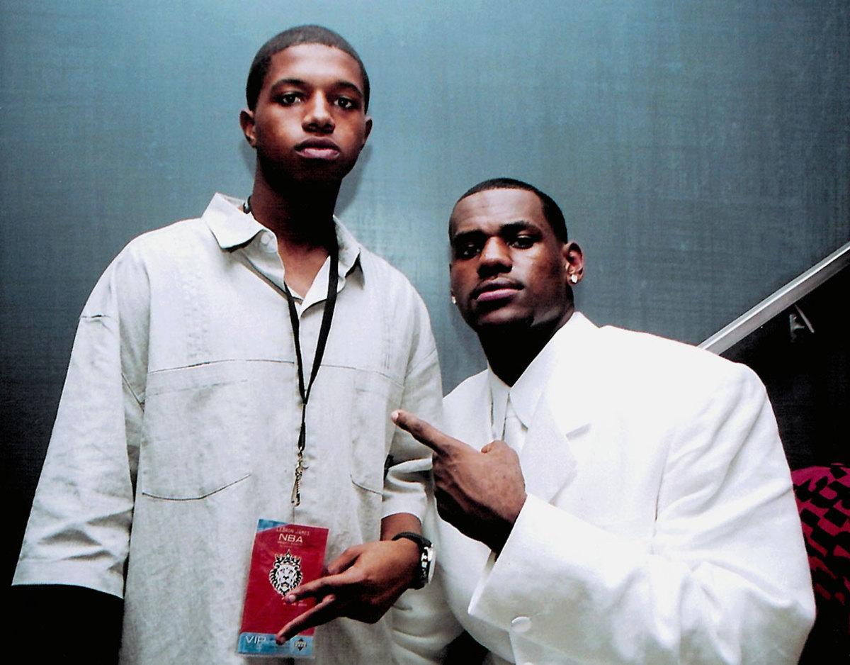 2003-lebron-james-brother-frankie.jpg