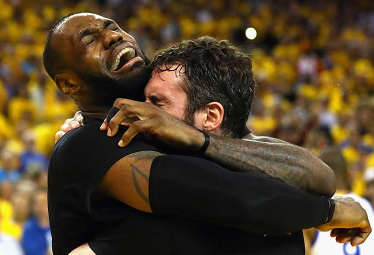 lebron-james-kevin-love-crying.jpg