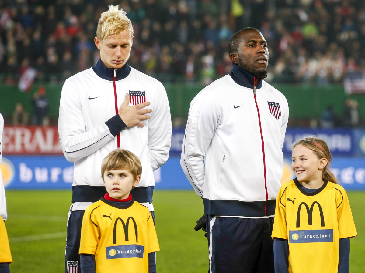jozy-altidore-national-anthem.jpg