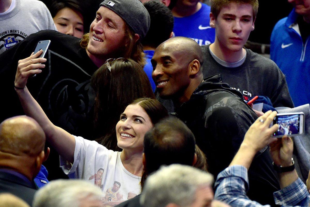 2016-0324-Duke-fan-Kobe-Bryant.jpg
