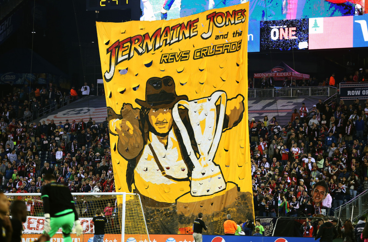 jermaine-jones-tifo.jpg