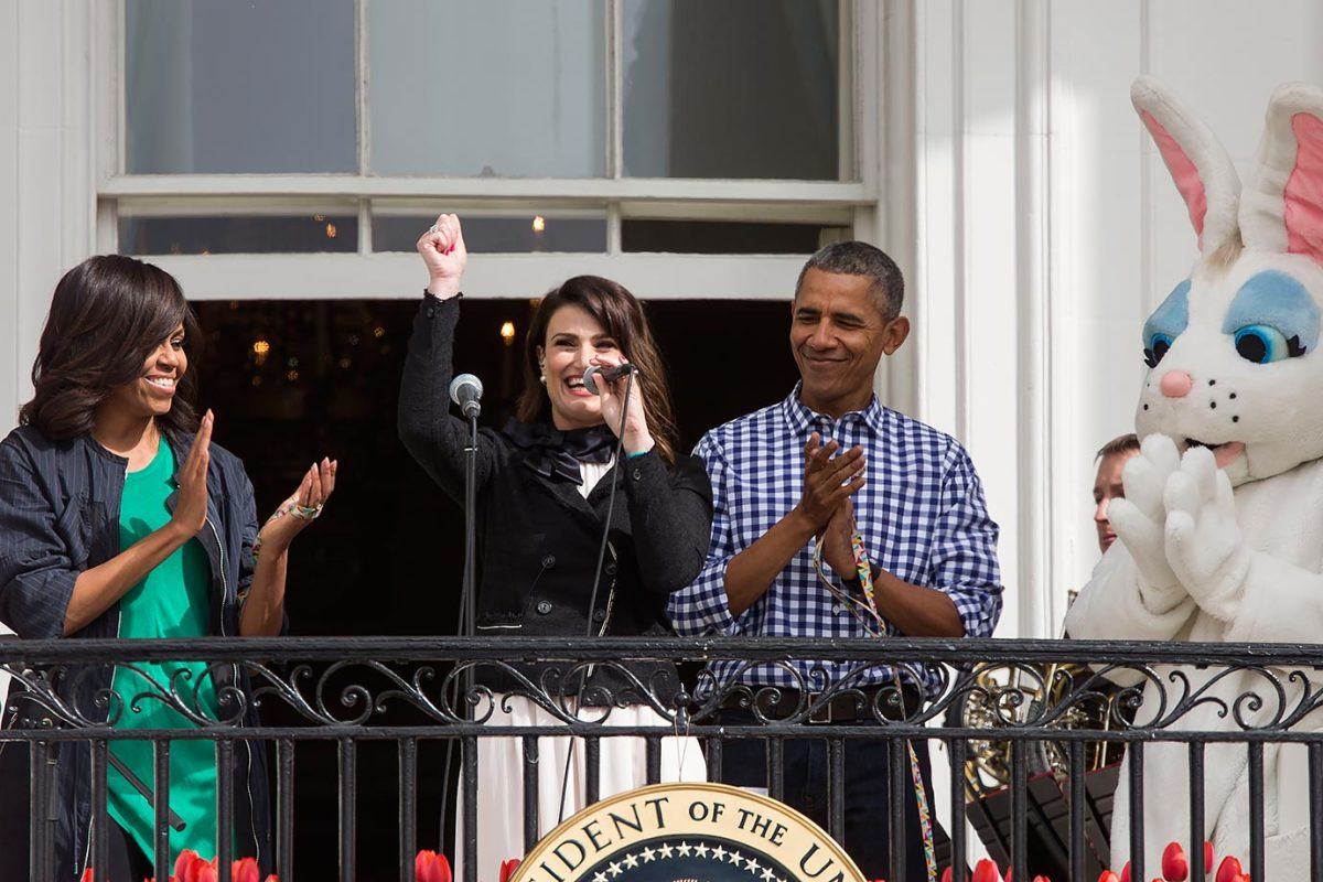 2016-White-House-Easter-Egg-Roll-Idina-Menzel-President-Barack-Obama-Michelle-Obama-GettyImages-517884588_master.jpg