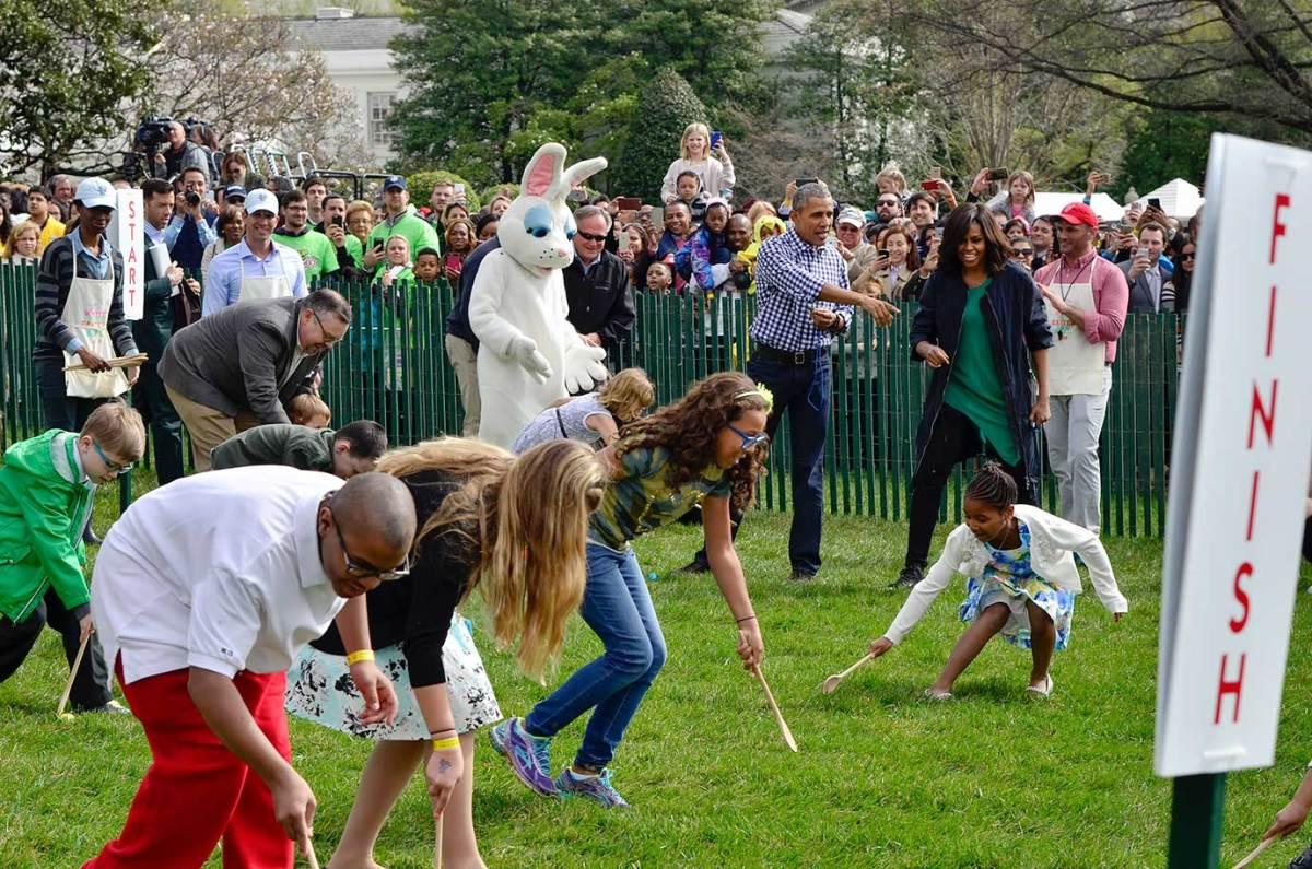 2016-White-House-Easter-Egg-Roll-President-Barack-Obama-Michelle-Obama-GettyImages-517886208_master.jpg