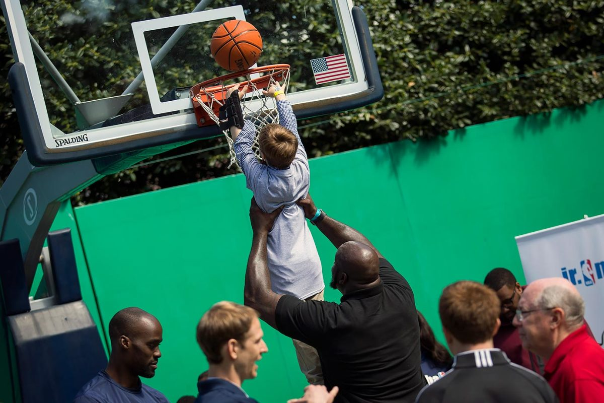 2016-White-House-Easter-Egg-Roll-Shaquille-O'Neal-GettyImages-517887736_master.jpg