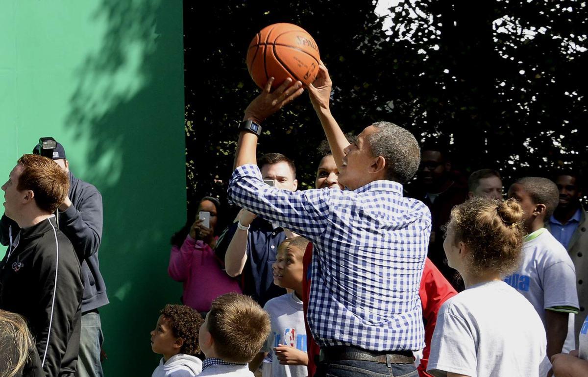 2016-White-House-Easter-Egg-Roll-President-Barack-Obama-GettyImages-517885324_master.jpg