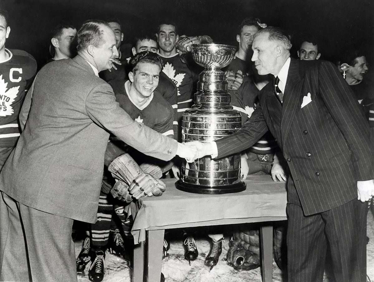 1949-Toronto-Maple-Leafs-Hap-Day-Clarence-Campbell.jpg