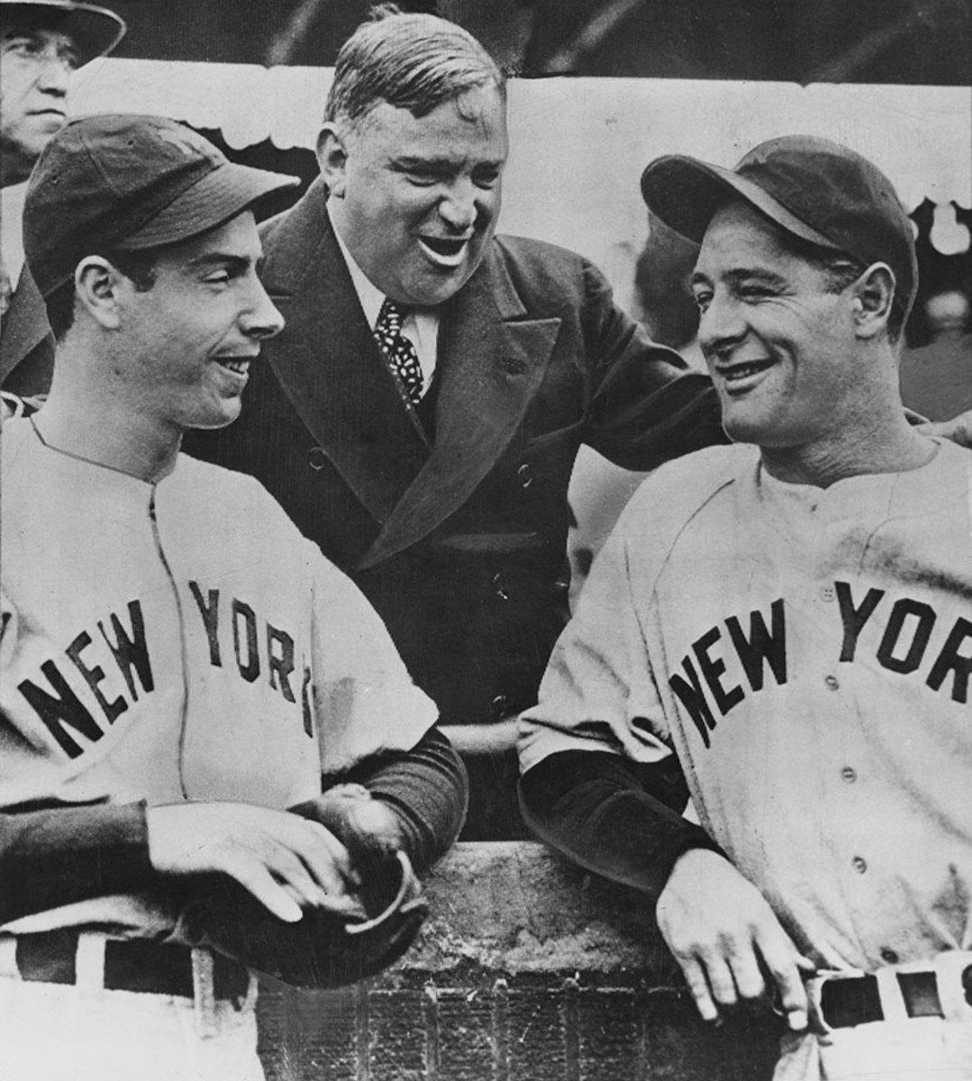 1938-New-York-Yankees-Joe-DiMaggio-Lou-Gehrig-Fiorello-La-Guardia.jpg