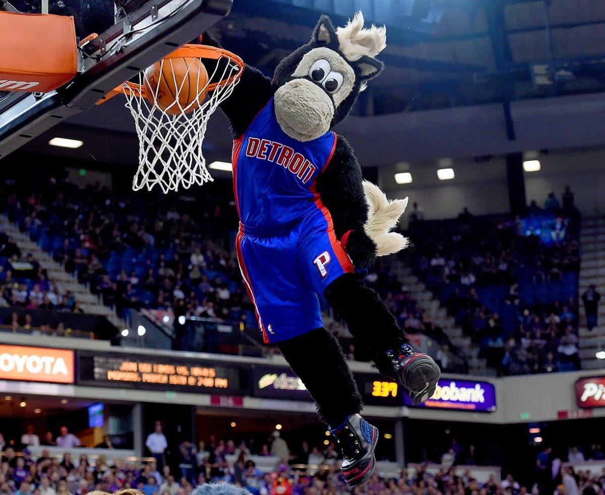 Detroit-Pistons-mascot-Hooper.jpg